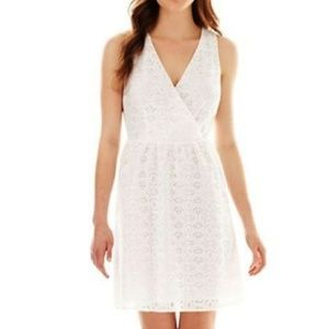 nicole by Nicole Miller White V-Neck Lace Dress